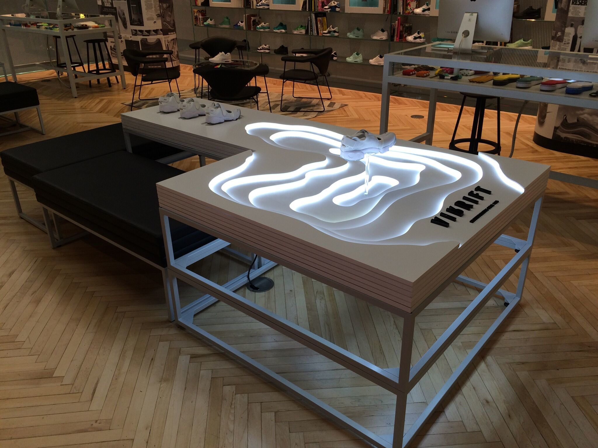 Retail Lighting Solutions/ Nike Rift/ Hotel Creative