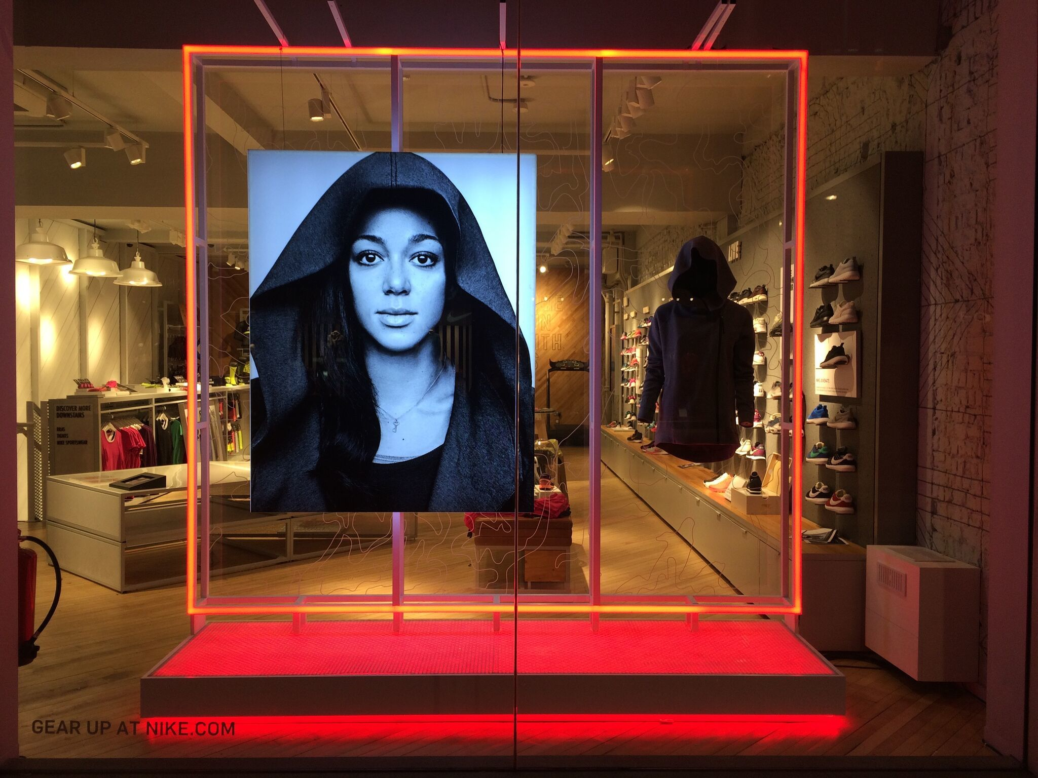 Retail Lighting Solutions/ Nike/ Hotel Creative