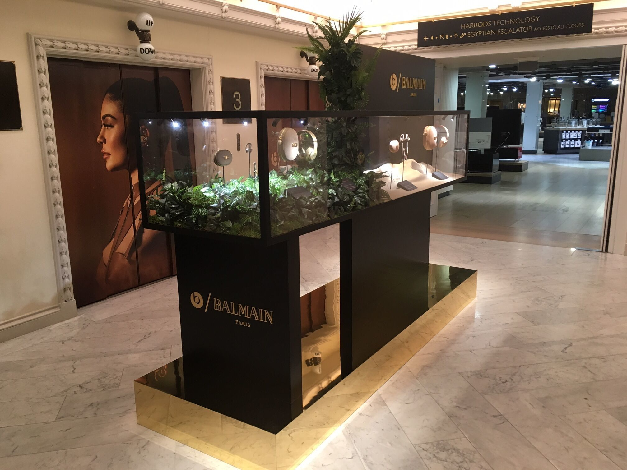 Retail Display Installation/ Balmain X Beats/ Hotel Creative