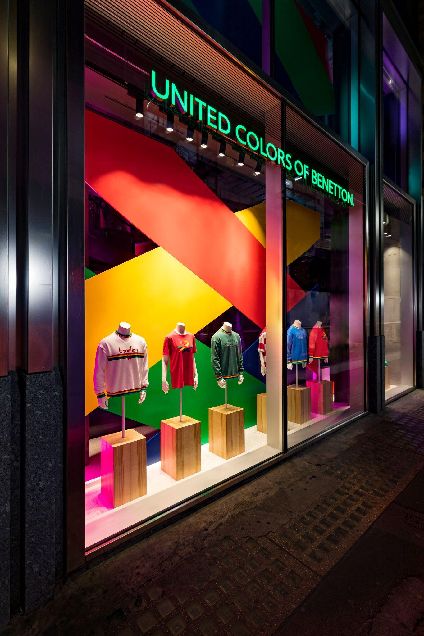 Retail Display Production Benetton Window Plinth