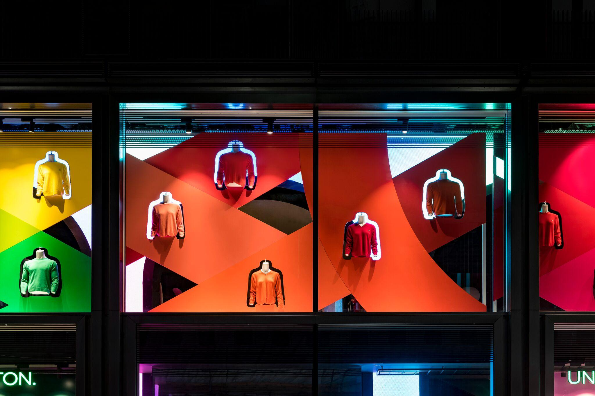 Retail Display Production Benetton Window Red
